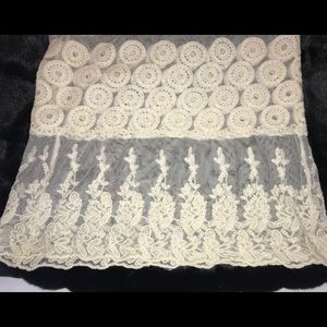 Pinky Tops - Pinky Ivory Crocheted Lace Top Size Medium